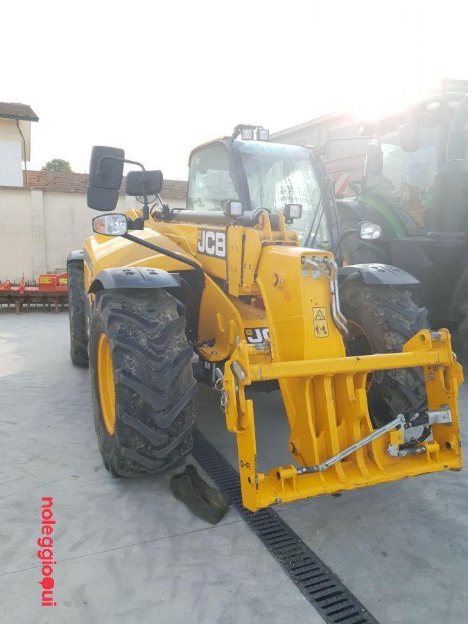 Noleggio JCB 535-95 AGRI