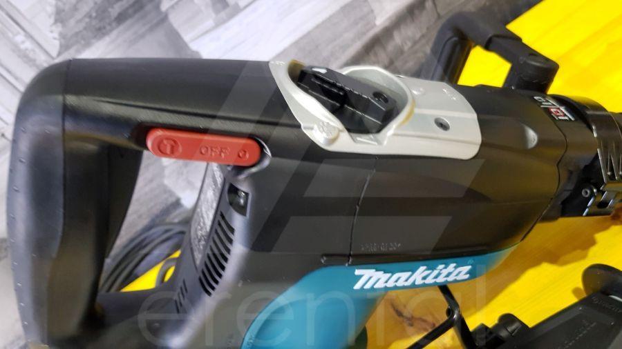 Noleggio Martello demolitore MAKITA HR4001C