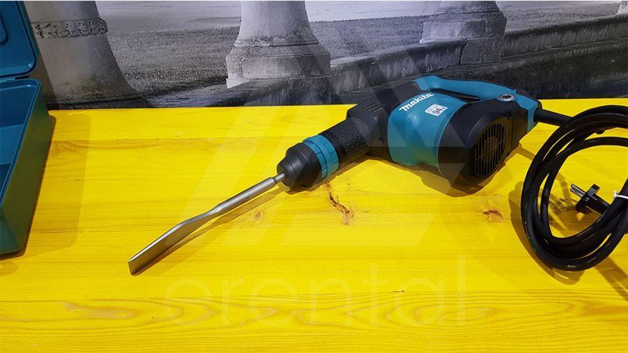 Noleggio Martello scalpellatore MAKITA HK1820