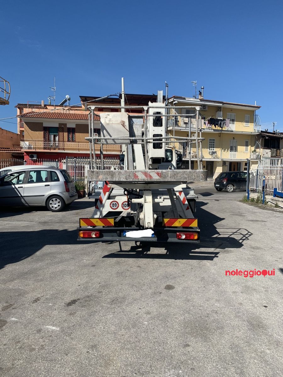 Noleggio PIATTAFORMA AEREA ISOLI 27.14