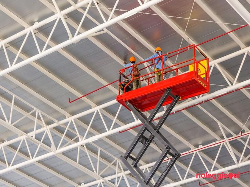 Piattaforme di lavoro mobili elevabili con stabilizzatori (aggiornamento)