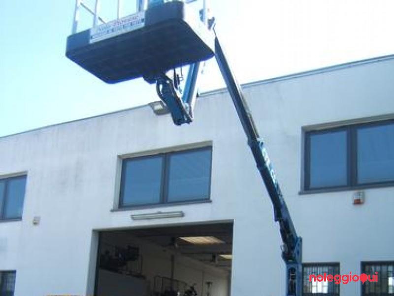Noleggio Piattaforma articolata modello ragno 13 m