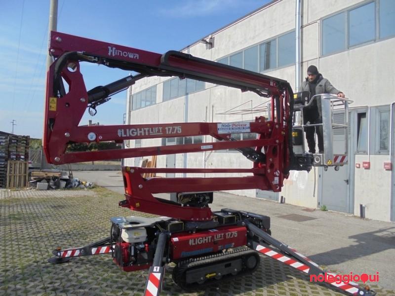 Piattaforma articolata modello ragno 17 m